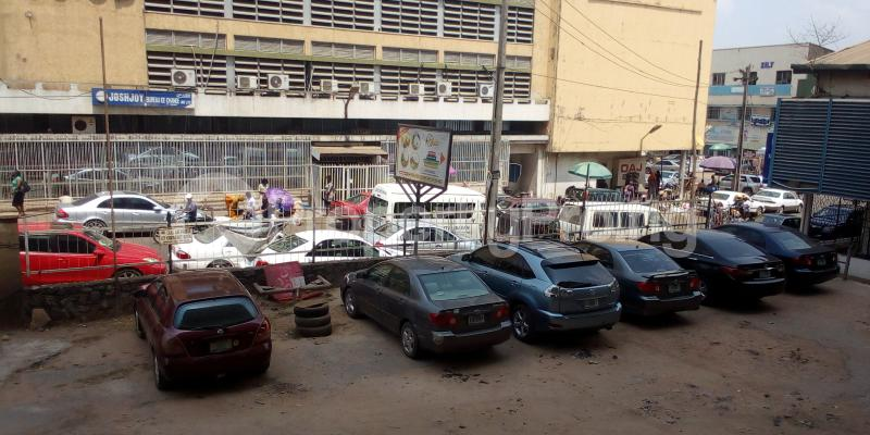 Show Room Commercial Property for rent Dugbe Ibadan Oyo - 2