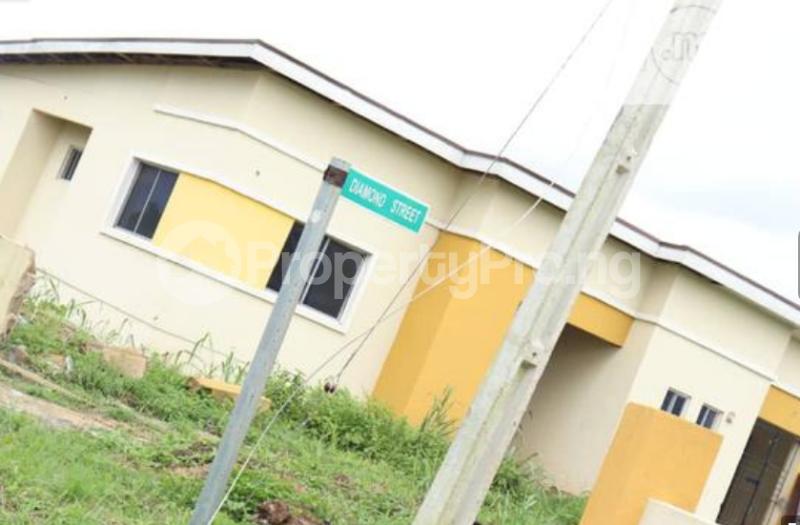 2 bedroom Semi Detached Bungalow House for sale Mowe, Ofada At Obafemi Owode LGA Mowe Obafemi Owode Ogun - 1