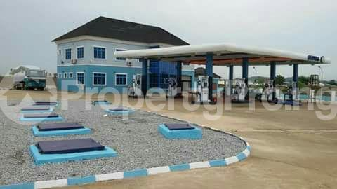 Commercial Property for sale Airport Road Lugbe Abuja - 0