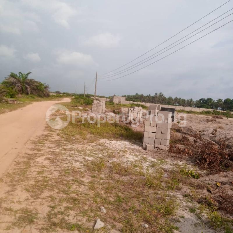 Mixed   Use Land for sale 10 Minutes From Amen Estate, Facing The Proposed Coastal Road To Victoria Island Eleko Ibeju-Lekki Lagos - 1