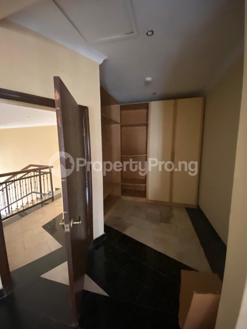 5 bedroom Terraced Duplex for sale ONIRU Victoria Island Lagos - 5