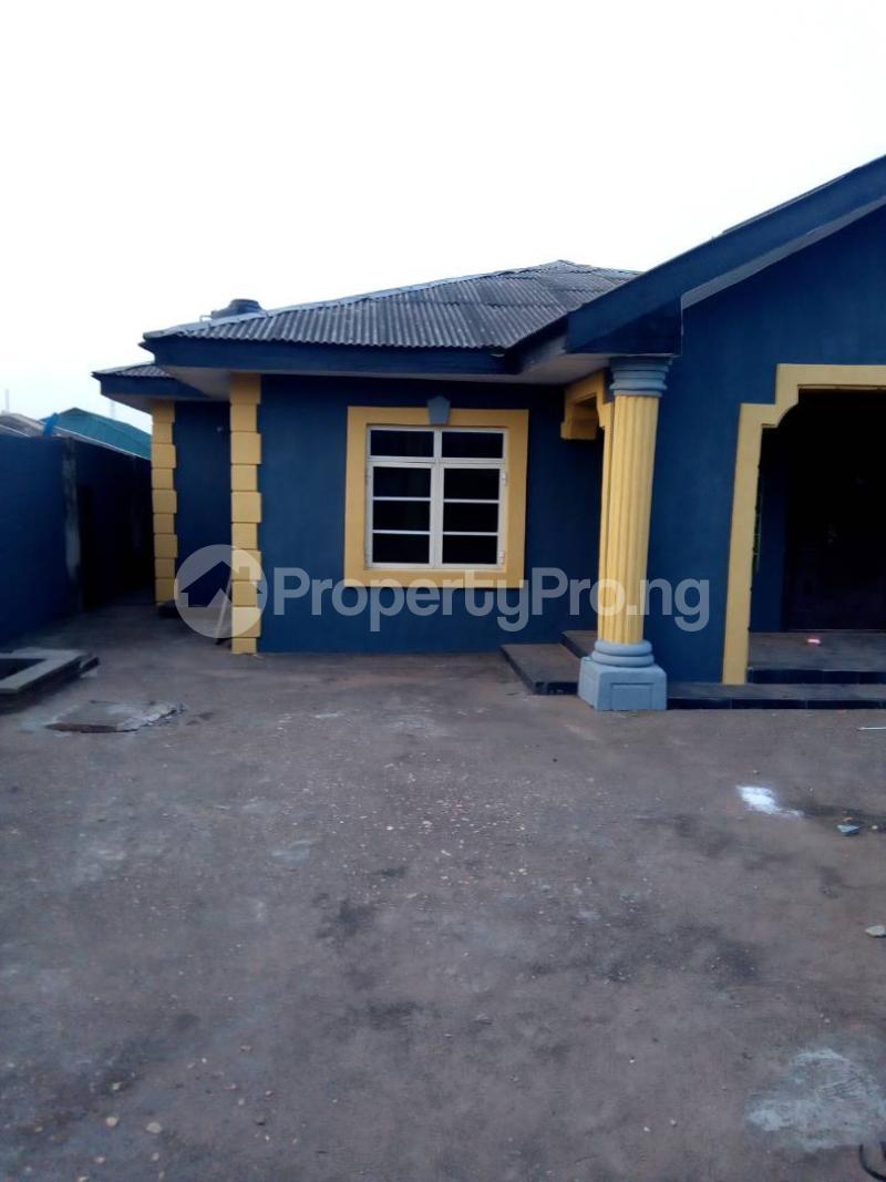 4 bedroom Detached Bungalow House for sale AIT alagbado close to Sango Ota Ado Odo/Ota Ogun - 0