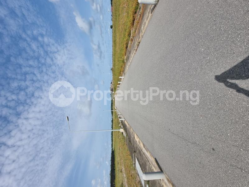 Residential Land for sale Twin Lake Estate chevron Lekki Lagos - 2
