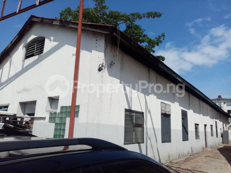Warehouse for sale Elegbata Apongbon Lagos Island Lagos - 2