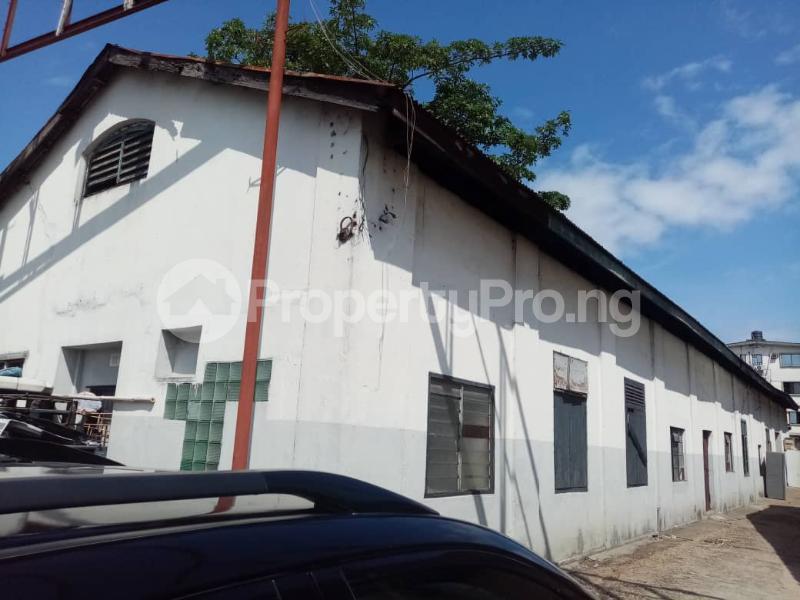 Warehouse for sale Elegbata Apongbon Lagos Island Lagos - 3