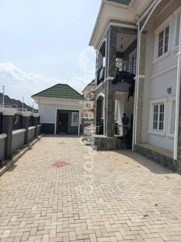 5 bedroom Detached Duplex for sale   Gwarinpa Abuja - 3