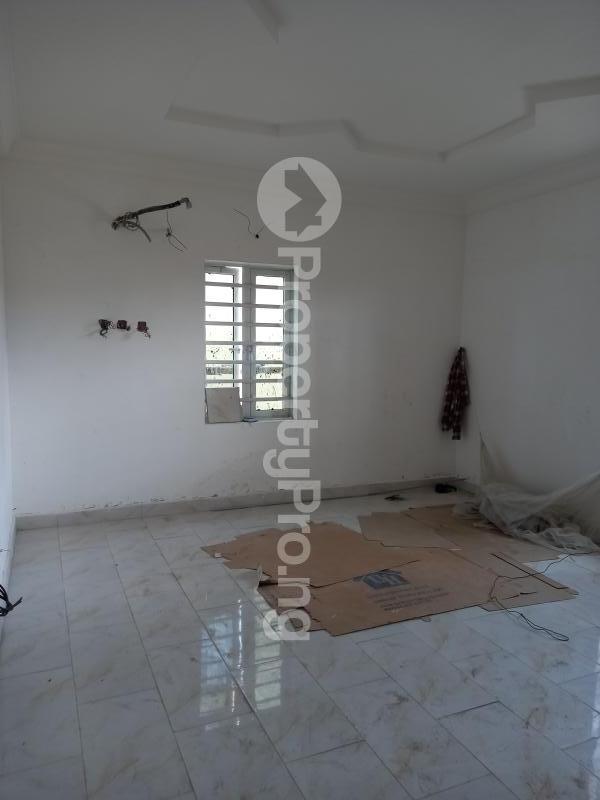 2 bedroom Flat / Apartment for rent off isaac john street  Jibowu Yaba Lagos - 4