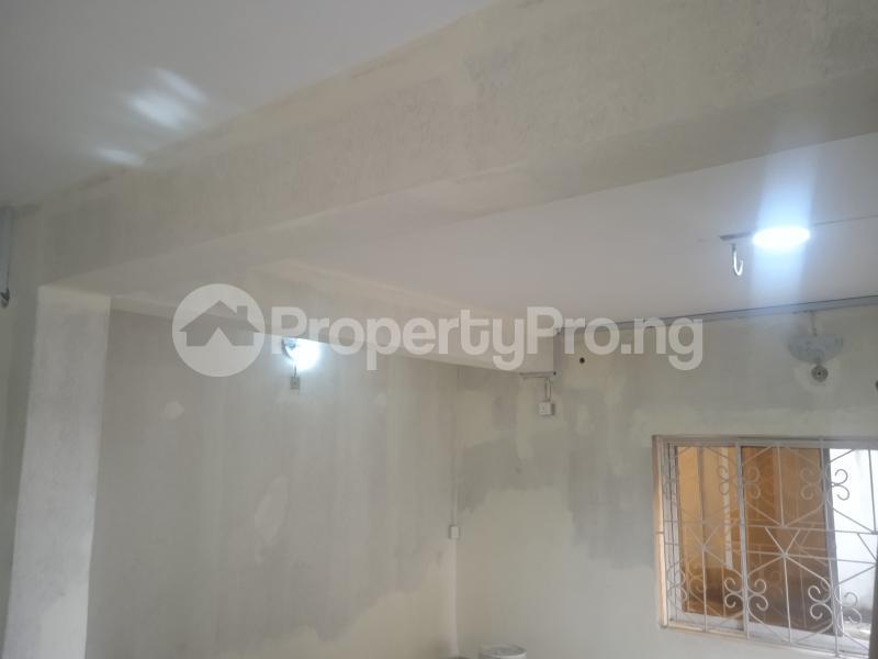 2 bedroom Flat / Apartment for rent Baiye Ogunlana Surulere Lagos - 4
