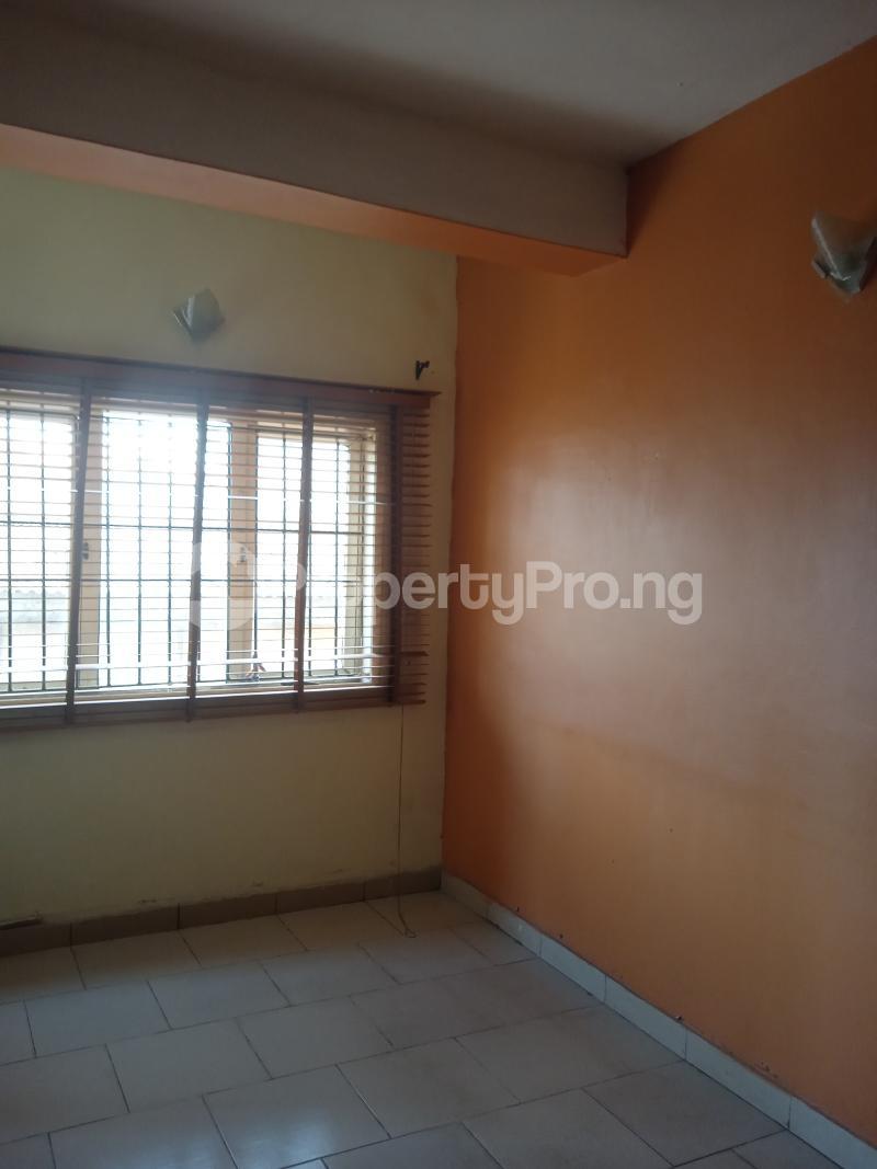 3 bedroom Flat / Apartment for rent Olaide Kilo-Marsha Surulere Lagos - 7
