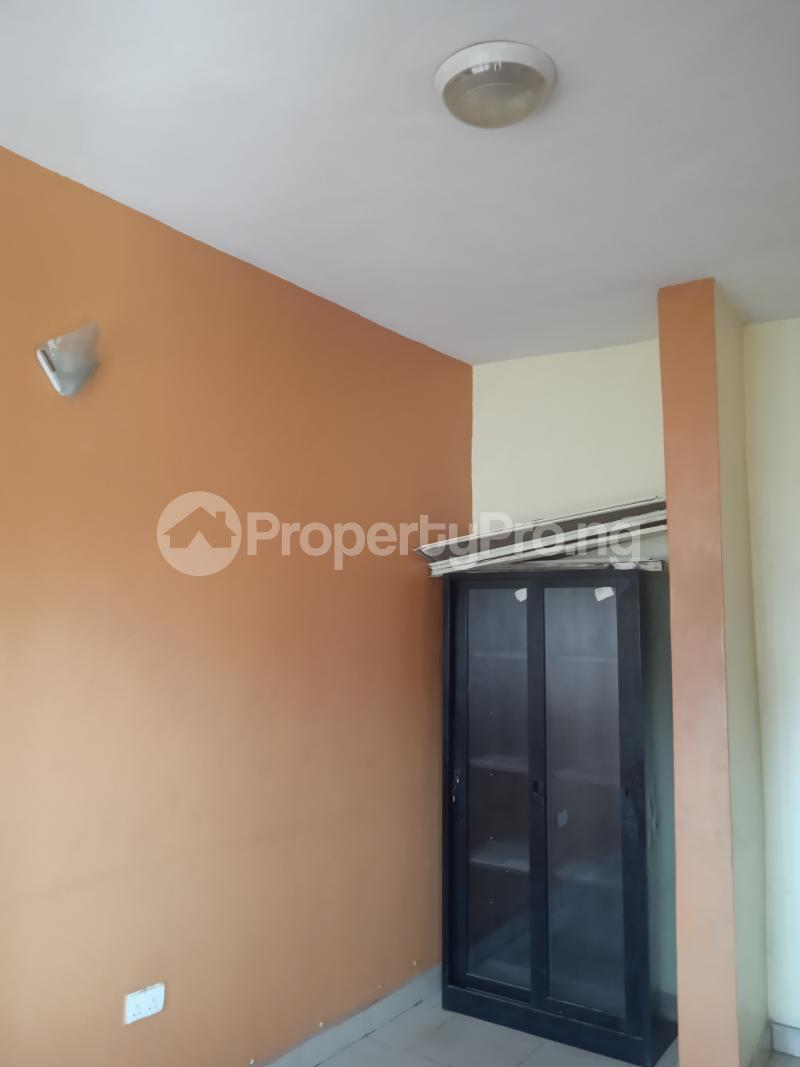 3 bedroom Flat / Apartment for rent Olaide Kilo-Marsha Surulere Lagos - 6