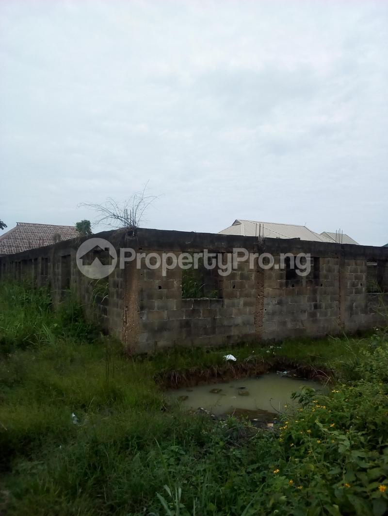 6 bedroom Blocks of Flats for sale Macaulay Area Ikorodu Ikorodu Lagos - 0