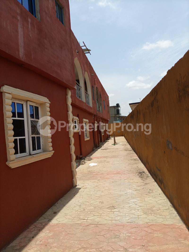 2 bedroom Blocks of Flats House for sale Igando Ikotun/Igando Lagos - 7