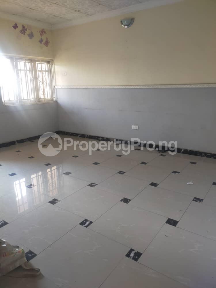 2 bedroom Flat / Apartment for rent Morrocco Fola Agoro Yaba Lagos - 3