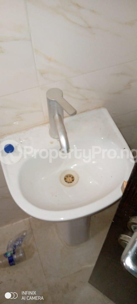 3 bedroom Flat / Apartment for rent Glory Estate Ifako-gbagada Gbagada Lagos - 8