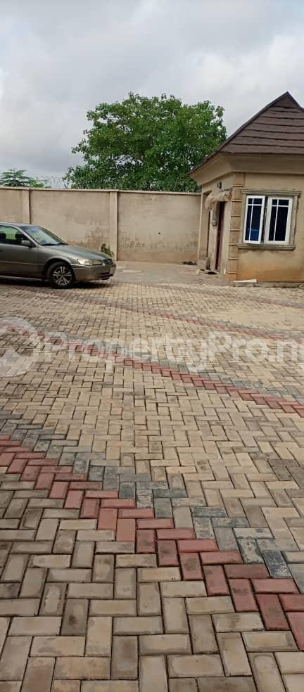 4 bedroom Detached Bungalow House for sale DSS Area ,Ile tuntun, off Nihort idi ishin Jericho Ibadan Idishin Ibadan Oyo - 2