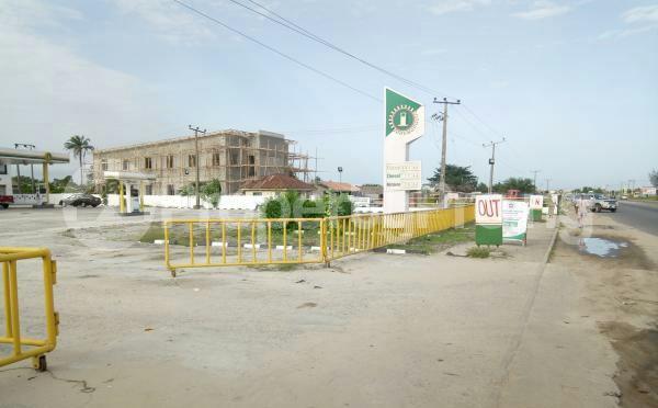 Commercial Property for sale at Eleko Junction along Lekki/Epe expressway, Ibeju-Lekki Lagos - 3