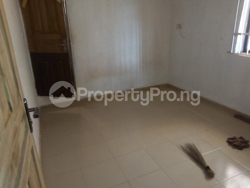 2 bedroom Blocks of Flats House for rent   Egbeda Alimosho Lagos - 8