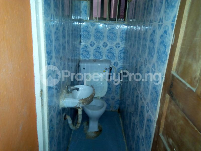 2 bedroom Blocks of Flats House for rent   Egbeda Alimosho Lagos - 6