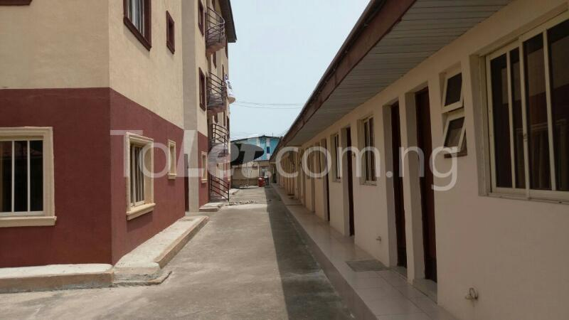 3 bedroom Flat / Apartment for rent Mende Mende Maryland Lagos - 14