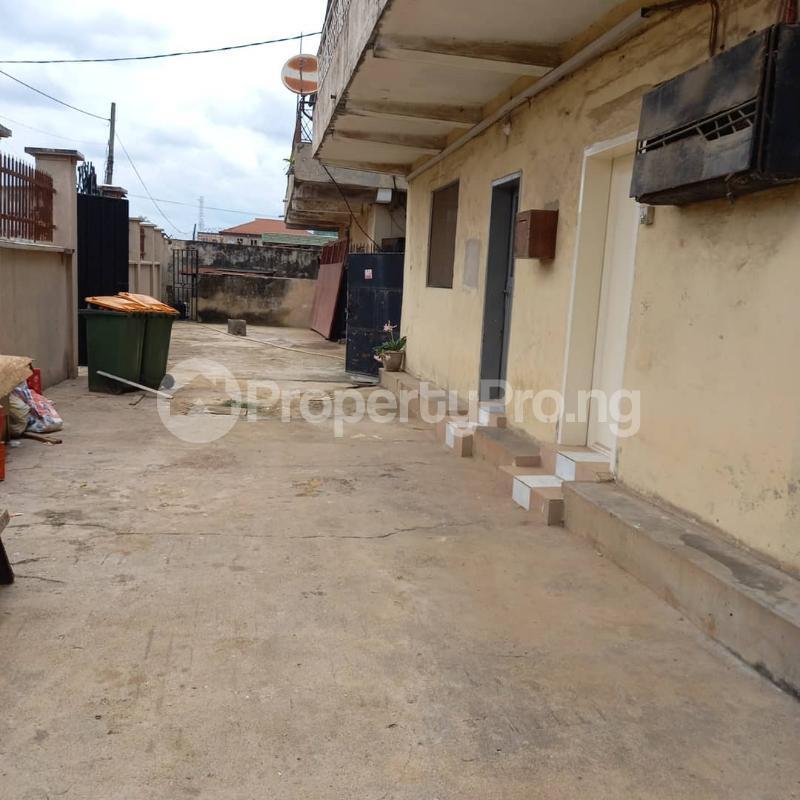 3 bedroom Flat / Apartment for rent Akoka Yaba Lagos - 3