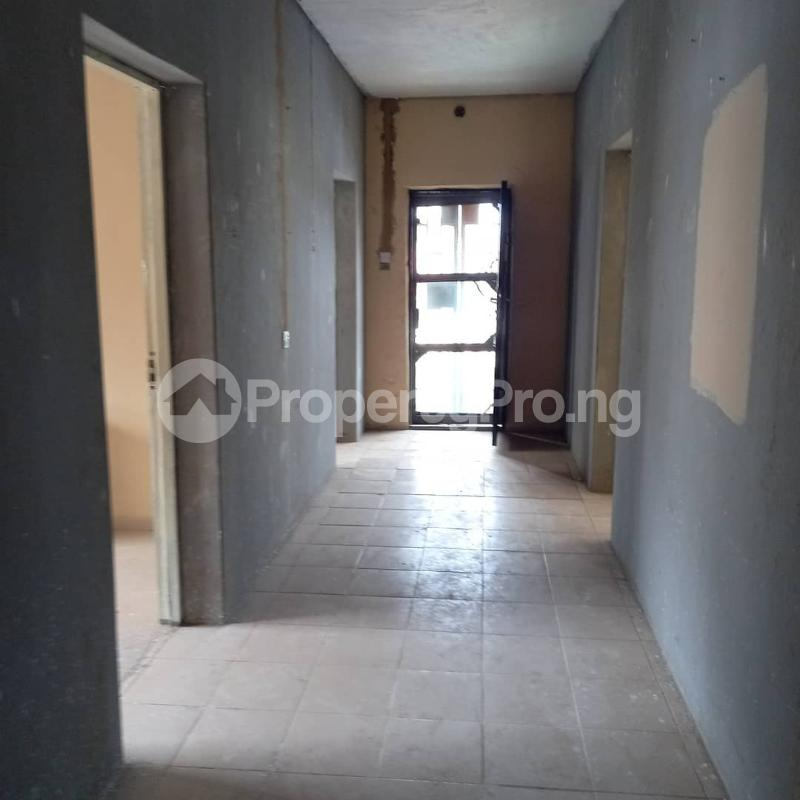 3 bedroom Flat / Apartment for rent Akoka Yaba Lagos - 5