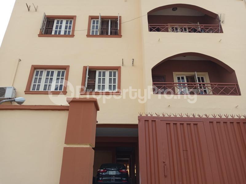 3 bedroom Blocks of Flats House for rent Wright st Ebute Metta Yaba Lagos - 0