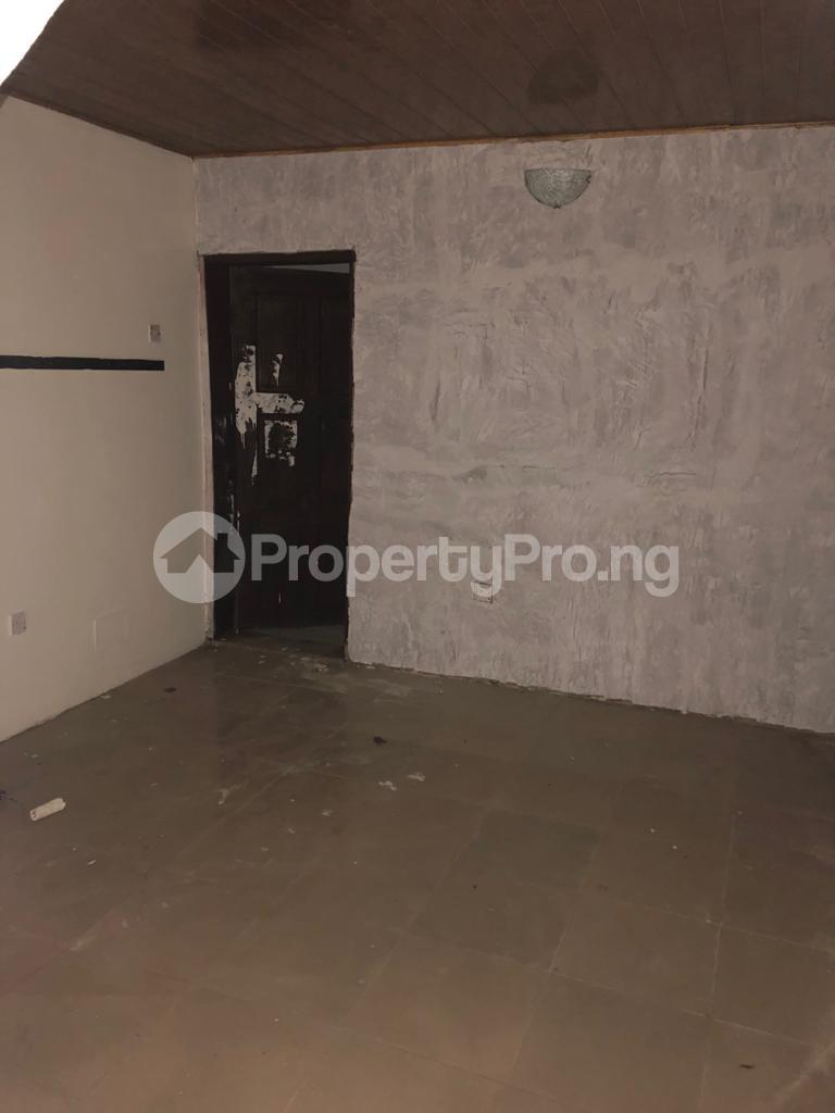 3 bedroom Flat / Apartment for rent Community Road Akoka Akoka Yaba Lagos - 16