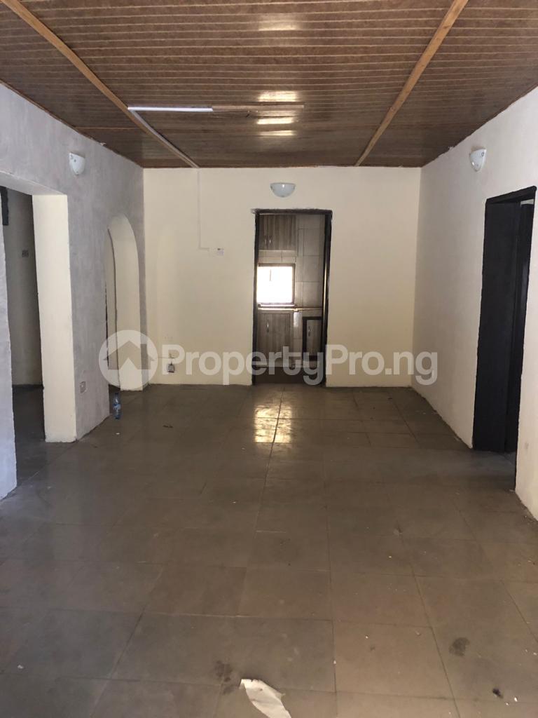 3 bedroom Flat / Apartment for rent Community Road Akoka Akoka Yaba Lagos - 20