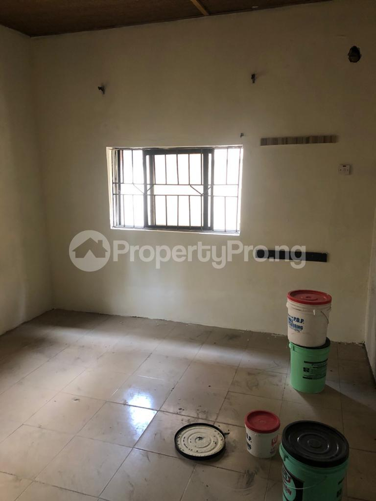 3 bedroom Flat / Apartment for rent Community Road Akoka Akoka Yaba Lagos - 2