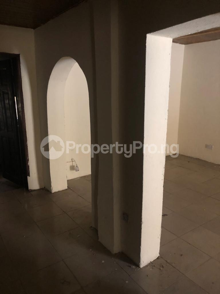 3 bedroom Flat / Apartment for rent Community Road Akoka Akoka Yaba Lagos - 13