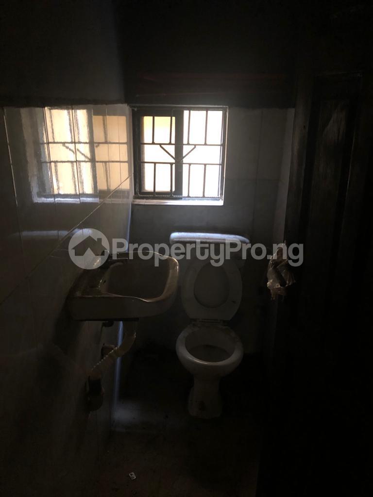 3 bedroom Flat / Apartment for rent Community Road Akoka Akoka Yaba Lagos - 6