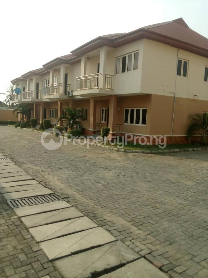 4 bedroom Flat / Apartment for rent Peace Estate, Surulere Lagos - 0