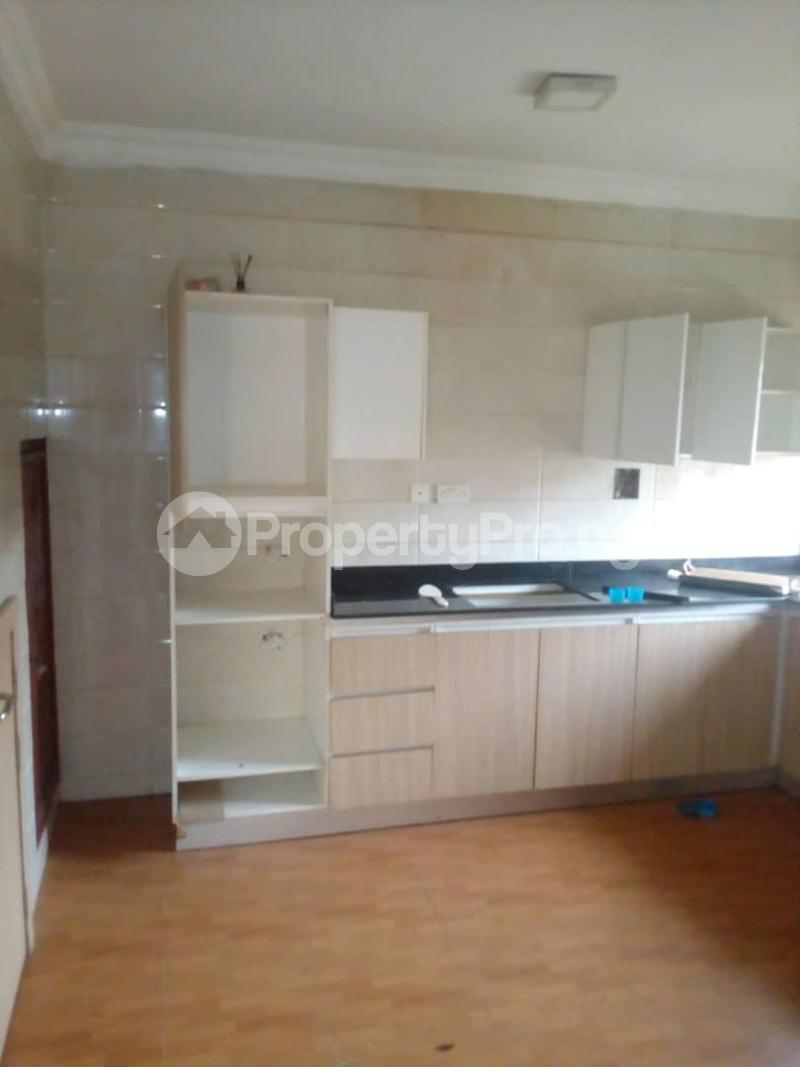 4 bedroom Flat / Apartment for rent Peace Estate, Surulere Lagos - 11