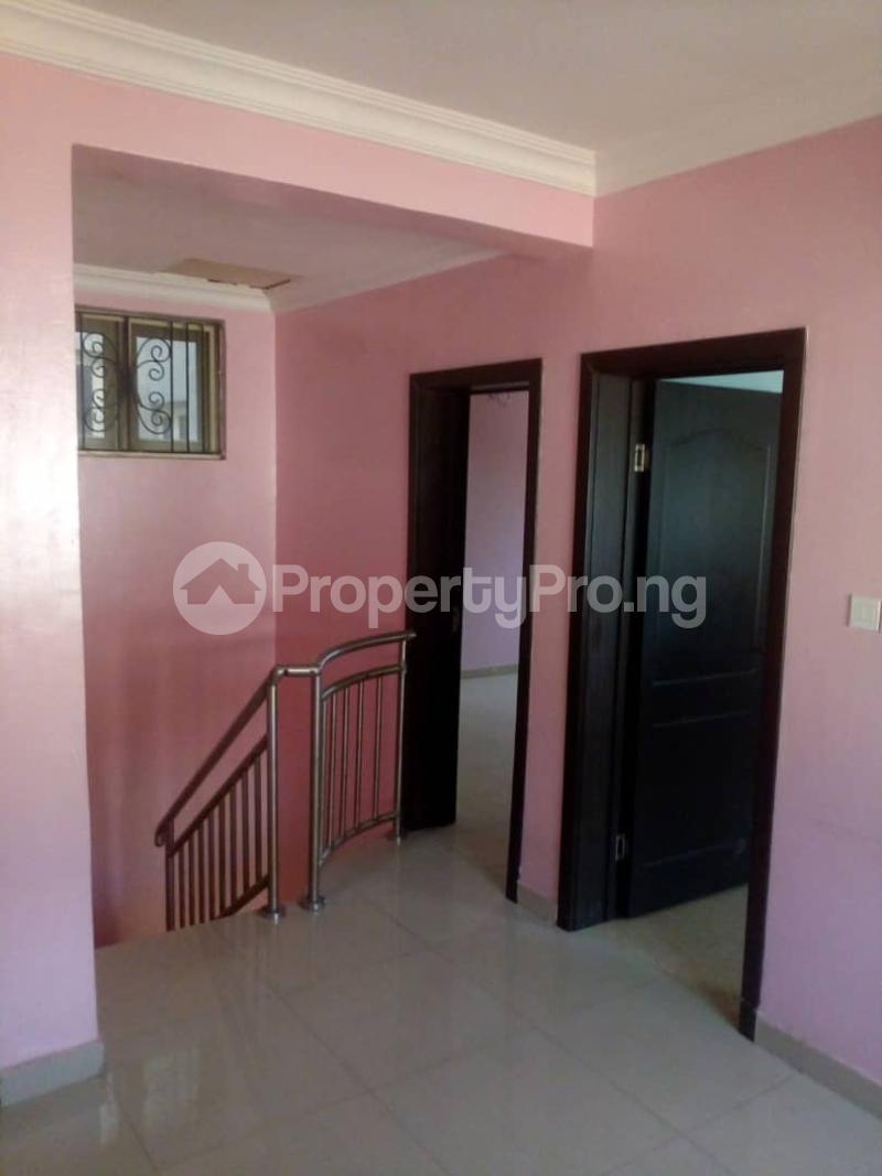 4 bedroom Flat / Apartment for rent Peace Estate, Surulere Lagos - 8