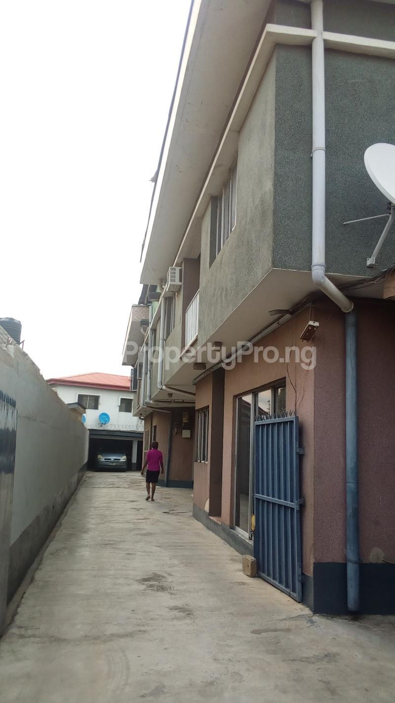 5 bedroom Terraced Bungalow for rent Gbagada Gra Phase 2 Phase 2 Gbagada Lagos - 0
