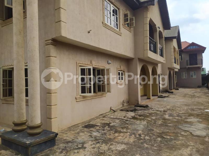 3 bedroom Shared Apartment for rent Peace Estate Baruwa. Baruwa Ipaja Lagos - 0