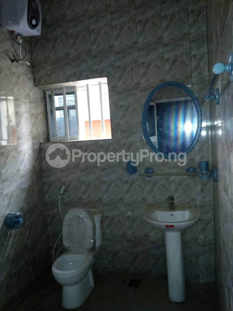 3 bedroom Flat / Apartment for rent ---- Magodo Kosofe/Ikosi Lagos - 5