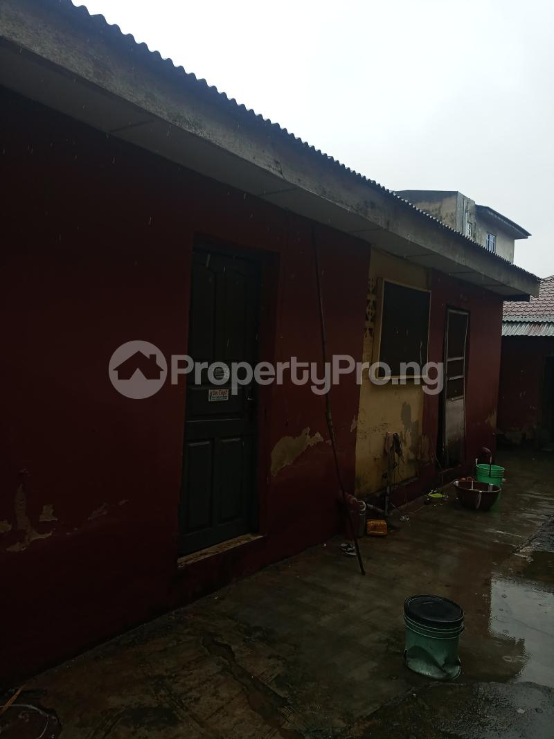 1 bedroom mini flat  Mini flat Flat / Apartment for rent Unity road Ikotun  Governors road Ikotun/Igando Lagos - 2