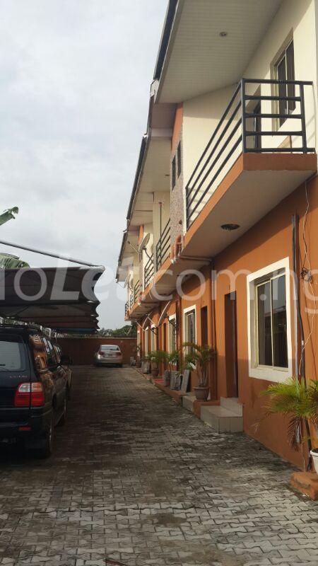 3 bedroom Flat / Apartment for rent 2 Saka Oluguna Orile Maroko, Off Mobil Estate Rd. Ilaje Before Ajah Lekki. No Agency Fees Diret From The Landlord! Ilaje Lagos - 2
