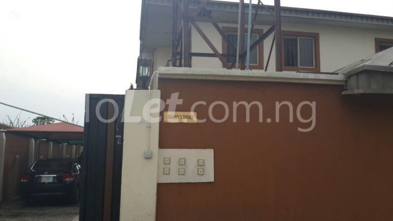 3 bedroom Flat / Apartment for rent 2 Saka Oluguna Orile Maroko, Off Mobil Estate Rd. Ilaje Before Ajah Lekki. No Agency Fees Diret From The Landlord! Ilaje Lagos - 3