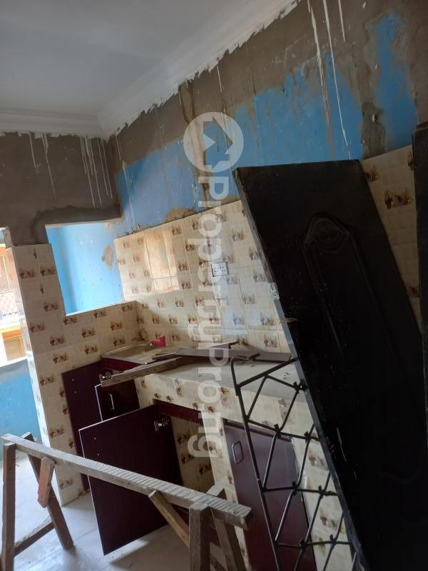 3 bedroom Flat / Apartment for rent Leme Abeokuta Idi Aba Abeokuta Ogun - 1