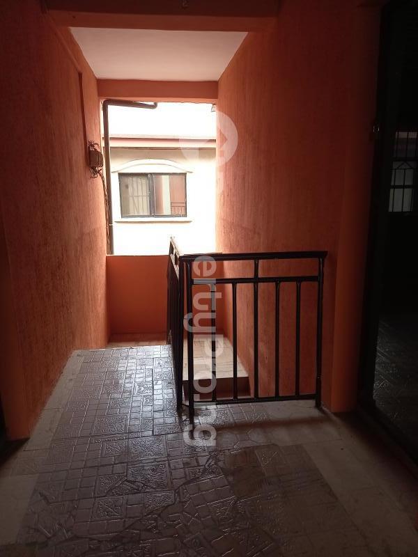 2 bedroom Flat / Apartment for rent Sunday Dejo Close Palmgroove Shomolu Lagos - 2