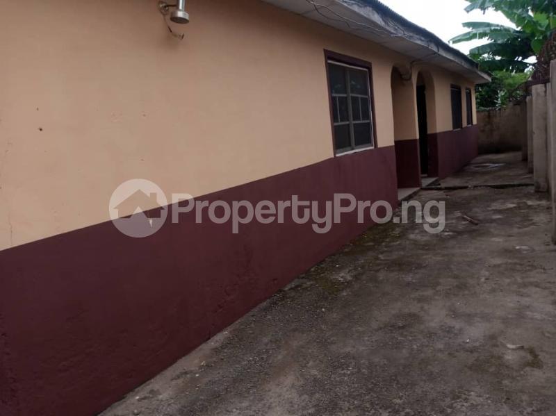 2 bedroom Self Contain for rent Macauley Igbogbo Ikorodu Lagos - 15
