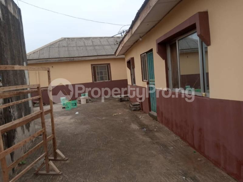 2 bedroom Self Contain for rent Macauley Igbogbo Ikorodu Lagos - 3