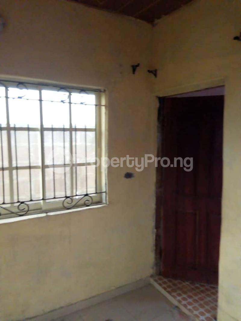 2 bedroom Flat / Apartment for rent Iyana Ajia, Egbeda, Area 3 Plot To The Road Egbeda Oyo - 6