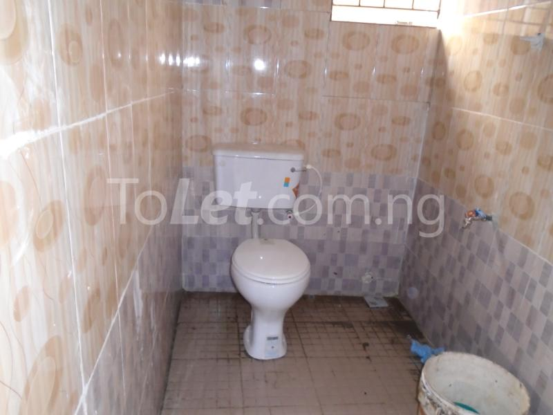 1 bedroom mini flat  Self Contain Flat / Apartment for rent - Lawanson Surulere Lagos - 5