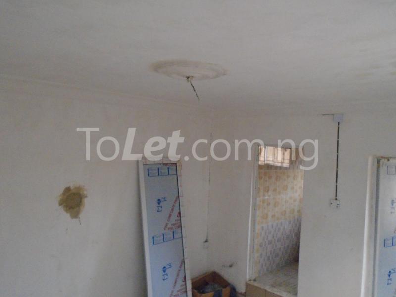 1 bedroom mini flat  Self Contain Flat / Apartment for rent - Lawanson Surulere Lagos - 1