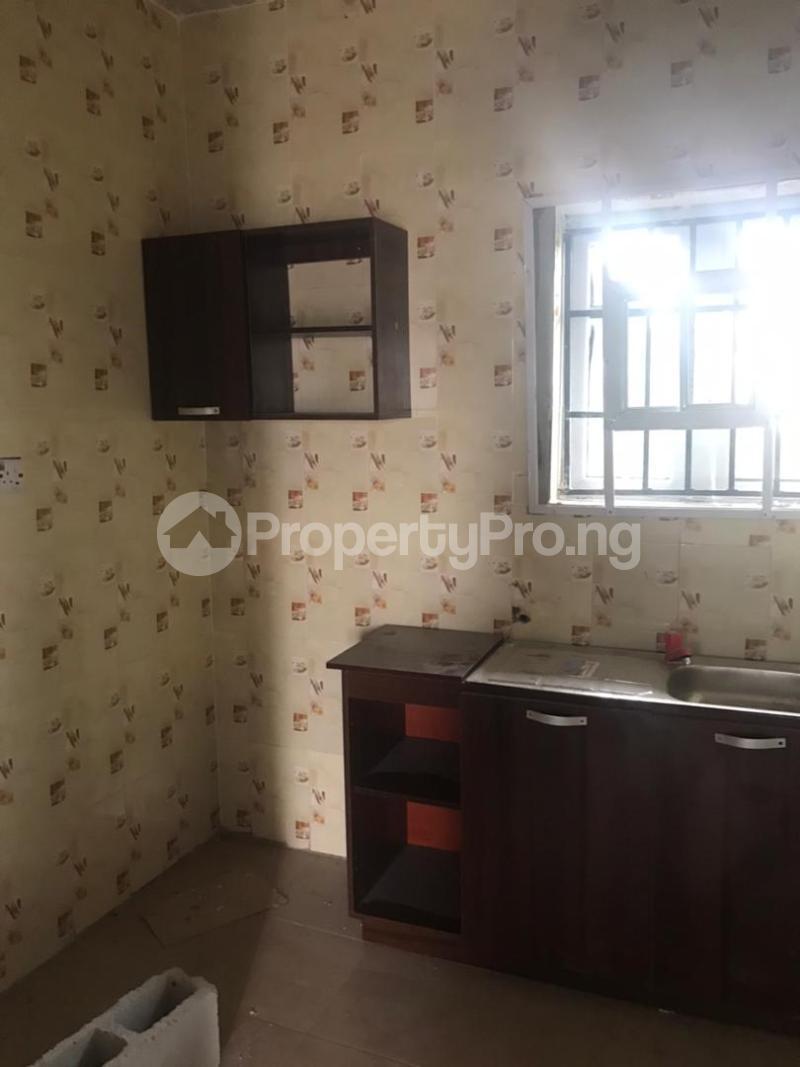 1 bedroom Self Contain for rent Balogun Off Ajibode Ajibode Ibadan Oyo - 5