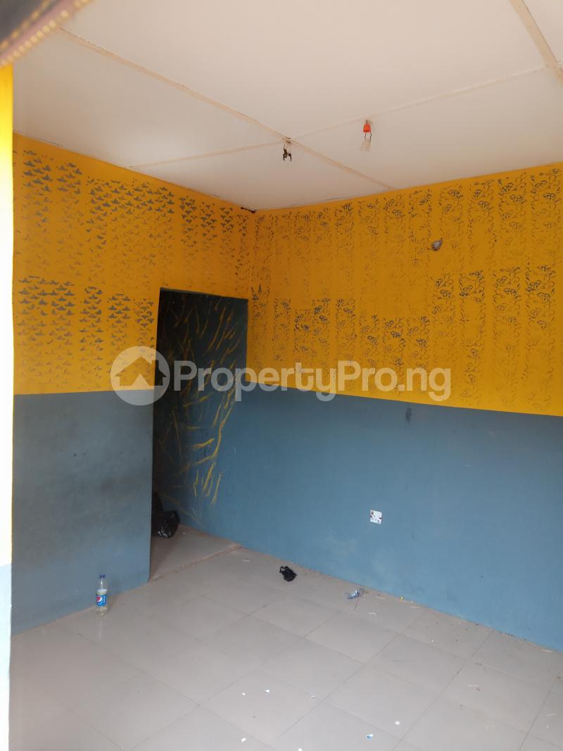 1 bedroom mini flat  Self Contain Flat / Apartment for rent Onigbodogi, Apete Ibadan Ajibode Ibadan Oyo - 6