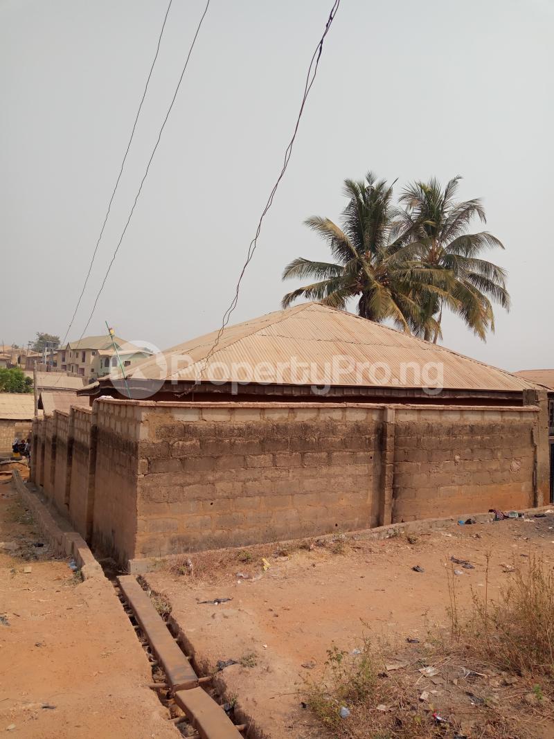 1 bedroom mini flat  Self Contain Flat / Apartment for rent Onigbodogi, Apete Ibadan Ajibode Ibadan Oyo - 5
